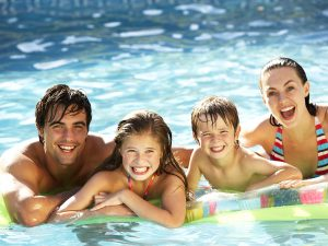 family piscina