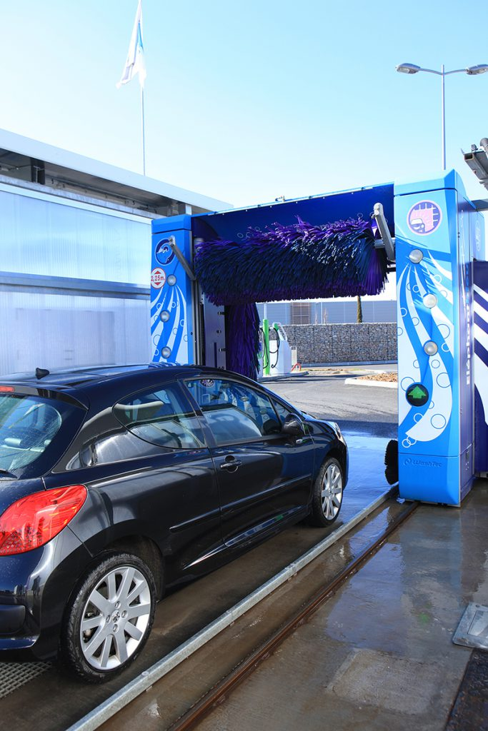 agua osmotizada para lavar tu coche-Eurofontanilla