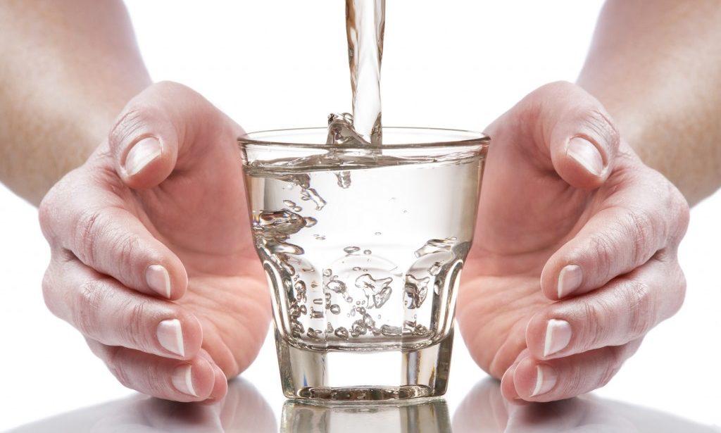 Agua osmotizada o agua envasada